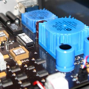 Ultra Audio Equipment Review -- Boulder Amplifiers 810